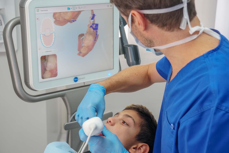 DSC04587 - Coronavirus: il nostro studio odontoiatrico è molto più sicuro di un qualsiasi locale pubblico
